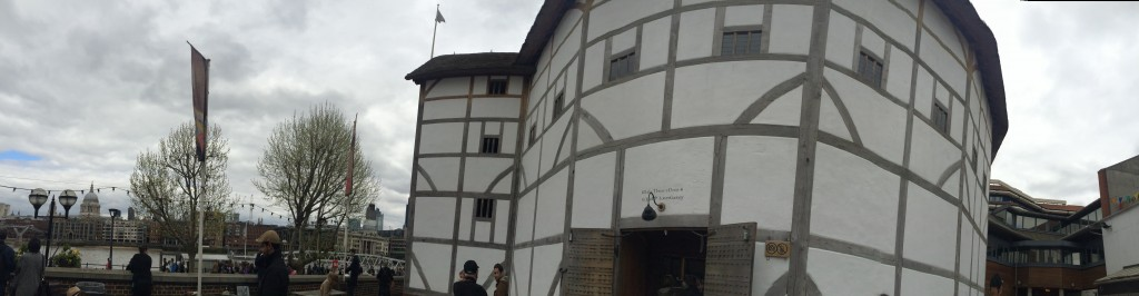 shakespeares globe outside picture