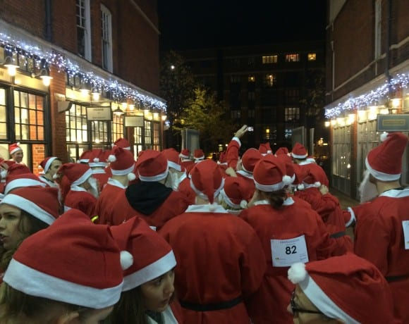 starting line for the london santa dash