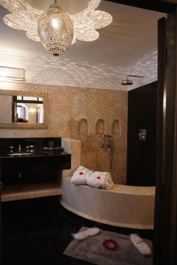 riad star romantic hotel bathroom